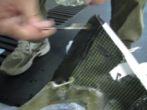 Enganchando la fibra con la resina
